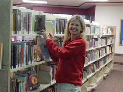Volunteer Shelving at Park Grove