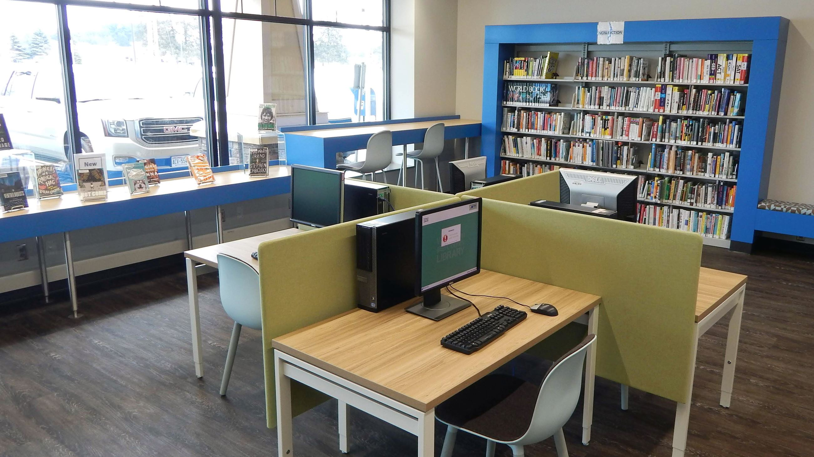 public computers at Valley Library